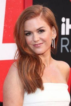 Isla Fisher Hair Premiere Of Warner Bros Pictures And New Line Cinema's 'Tag' – Red Carpet - Red Hair Hair Color For Fair Skin, Hair Color Highlights, Hair Color Purple, Hair Color For Black Hair, Blonde Color, Cool Hair Color, Copper Highlights, Red Hair Pale Skin, Red Color