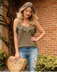 Swans Style is the top online fashion store for women. Cute Fashion, Diy Fashion, Fashion Outfits, Fashion Design, Trendy Summer Outfits, Cute Outfits, Fancy Tops, Couture Tops, Fashion Tips For Women