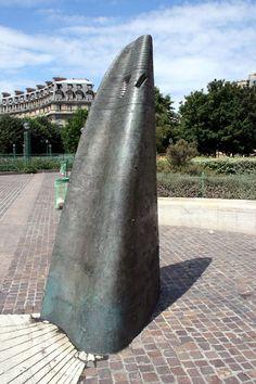 Cadran solaire de Henry de Miller (1988) Jardin des Halles Paris 75001.