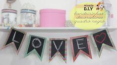 Minuto DIY - Mini Bandeirinhas Quadro Negro (#tumbrlroom) Aprenda como fazer bandeirinhas no estilo quadro negro para decorar seu quarto no estilo Tumbrl. (Por: Carla Sant'Anna, blog Burguesinhas)