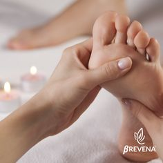 instead of for a one-hour full body massage with aromatherapy oils from Depilex Health and Beauty Clinic within Holiday Inn, Welback Street near Bond St Station - save Baby Massage, Good Massage, Massage Table, Foot Reflexology, Reflexology Points, La Constipation, Getting A Massage, Acupressure Points, Massage Therapy