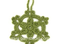 How to crochet the little star in DROPS Extra 0-1047