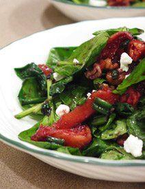 Recipe: Spinach, Peach and Walnut Salad