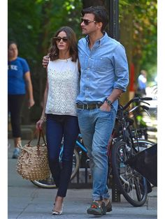Looking back on Olivia Palermo Style Summer Cool Fashion In, Fashion Couple, Fashion Design, Fashion Trends, Style Olivia Palermo, Olivia Palermo Lookbook, Couple Outfits, Casual Outfits, Moda Australiana