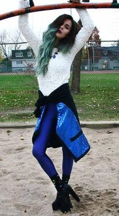 Bewolf wearing the dark blue PCP leggings #pcpclothing #pcpleggings #pcpinia