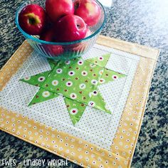 Simple Star Table Topper