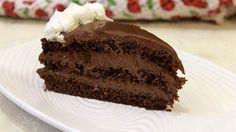 Jedna jaka čokoladna torta za sve čokoljupce. Mene je mučilo da li se kafa oseti kada se doda masi za koru kada se kora ispeče, ali ne, ni malo, tako da nema brige, a fil nisam nikad pravila na ovaj način, obično sam otapala čokoladu u slatkoj pavlaci a posle miksirala. Jaja ovde daju poseban ukus Cake Filling Recipes, Torte Cake, Cake Fillings, Apple Cake, Cooking Recipes, Chocolate, Rolex Submariner, Desserts, Birthday Cakes