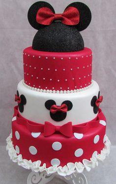 bolo-fake-da-minnie-vermelho-e-preto-bolo-fake-eva-minnie.jpg (756×1200)