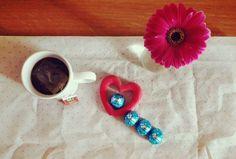Colazione baci perugina tè fiore cuore  breakfast spring flower cookies tea chocolate love
