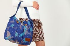 Informationen zum Thema Batik findet Ihr auf meiner Seite auf folgendem Link:     http://www.kanue-batik.com/uber-mich/uber-batik/    Die Tasche be...