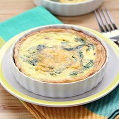 Low-Fat Spinach Cheddar Quiche | foodraf