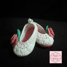 Crochet Baby Shoes www.facebook.com/craftsnreveries