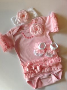 Newborn baby girl Easter outfit pink ruffled by BeBeBlingBoutique, $40.00