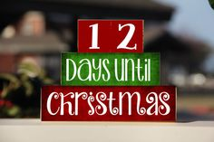 These blocks are a perfect entryway decor or gift to count down the days until to Christmas. Sizes: Top Blocks: Two 1.75 x 1.75 Middle