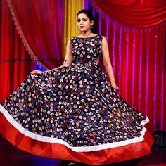 Discover thousands of images about Indian Kalamkari Dresses Saree Blouse Neck Designs, Blouse Designs, Dress Designs, Designer Anarkali Dresses, Designer Dresses, Designer Wear, Frock Models, Kalamkari Dresses, Long Gown Dress