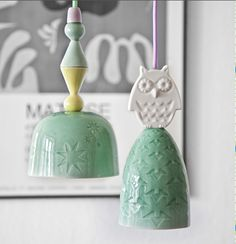 Would be interesting to make some of these as like little bells or wind chimes. Ceramic Clay, Ceramic Pottery, Ceramic Lamps, Ceramic Pendant, Clay Projects, Clay Crafts, Owl Lamp, Cerámica Ideas, Diy Lampe