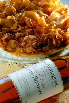 Il n'y a pas plus identitaire que l'Armagnac, la plus ancienne eau de vie de vin de France. Par CRT Midi-Pyrénées / Dominique VIET #TourismeMidiPy #MidiPyrenees #France #shopping #armagnac