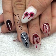 15-Scary-Halloween-Nails-Art-Designs-Ideas-2017-1