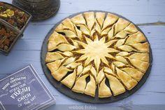 Hoy te traigo esta tarte soleil de ternera, un formato que ya conoces por la tarte soleil de tres chocolates, con un relleno versátil donde los haya.