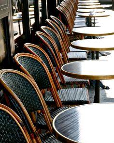 Choices in Outdoor Patio Furniture Sets – Outdoor Patio Decor Patio Furniture Sets, Furniture Design, Furniture Ideas, Belvedere Vodka, Architecture Restaurant, Restaurant Facade, Parisian Decor, Parisian Style, French Kitchen Decor