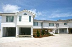 SUMMERHAVEN | Oceanfront Home in Southern Shores, NC