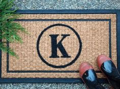 10 Adorable DIY Welcome Mats | Her Campus