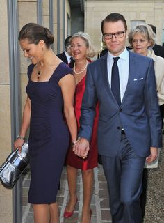 Princess Victoria Photos - Prince Daniel of Sweden and Crown Princess Victoria of Sweden attends pre-wedding dinner at Mandarin Oriental Hyde Park. - Pre-Royal Wedding Dinner in London