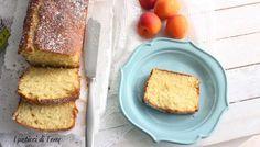Buon lunedì a tutti. Comincerei la settimana con questo sofficissimo Plum cake all'albicocca. Che ne dite? Vi aspetto sul blog http://www.ipasticciditerry.com/plum-cake-morbido-alle-albicocche/