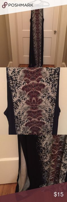 Snake skin maxi dress Beautiful snake skin pattern, maxi dress. Only worn 2 times. In perfect condition. Size is XL but fits more like a large. Form fitting dress, hugs all the right places Dresses Maxi