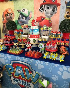 Notice the red flower pots with shrubs, so cute! Paw Patrol Cake, Paw Patrol Party, Kids Party Themes, Birthday Party Decorations, Paw Patrol Birthday Theme, Cumple Paw Patrol, Spiderman Theme, Fireman Party, 6th Birthday Parties