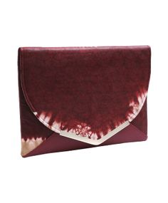 The African Chestnut clutch is made from African print material. This elegant look is enhanced with a silver clasp, red coloured interior, fold over front with an invisible flat magnetic to secure storage. Also with an inner pocket for extra storage. Oversized enough to store your ipad mini,cellphone Secure Storage, Extra Storage, Printed Materials, Ipad Mini, Clutch Bag, Fashion Forward, African, Range, Pocket