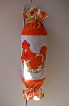 Ateliê da Russa: Puxa Saco laranja com galinha (patch aplique) Оранжевая пакетница с курицей (аппликация) Orange plastic bag dispenser with hen