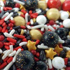 Movie night sprinkle mix SugarPRINTcess Movie Cupcakes, Themed Cupcakes, Dessert Decoration, Decorations, Movie Night Party, Sprinkle Cookies, Cupcake Wars, Custom Cookies, Cake Pops