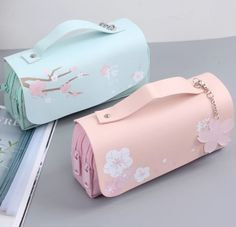 Zipper Pencil Case, Cute Pencil Case, Cute Pencil Pouches, Pencil Cases For Girls, Stationary School, School Stationery, Stationery Pens, Kawaii Stationery, Korean Stationery