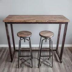 98 veces he visto estas grandes barras de cocinas. Industrial Table, Industrial Design, Loft Style, Metal Furniture, Metal Working, Bar Stools, Outdoor Living, Living Spaces, Sweet Home
