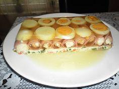 Nap mint nap: Aszpikos-tormakrémes sonkatekercs tál Meat Recipes, Sushi, Paleo, Mint, Easter, Ethnic Recipes, Food, Beef Recipes, Peppermint