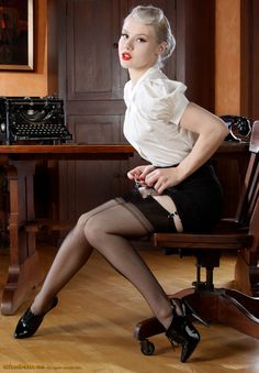 Mosh  The Pinup Files website is an archive of pinup art and photography, vintage and contemporary. Online since 2001!   Mosh for OfficeErotic HT @ chaussures à talons hauts shared for the love of pin up by http://thepinuppodcast.com