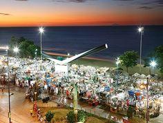 Feira Noturna de Artesanato na Beira Mar