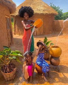Top baby products new Mom & pregnant women's baby stuff from family baby model Not regret to buy Art Black Love, Black Girl Art, Black Girl Magic, Beautiful African Women, African Beauty, Beautiful Black Women, Cabin In The Woods, African Girl, Foto Art