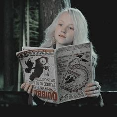 icons & headers — luna lovegood icons / harry potter & the order of. Magia Harry Potter, Mundo Harry Potter, Harry Potter Cast, Harry Potter Fandom, Harry Potter Hogwarts, Harry Potter World, Luna From Harry Potter, Harry Potter Icons, Harry Potter Characters