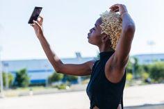 Conheça o aplicativo que é o Instagram do cabelo natural