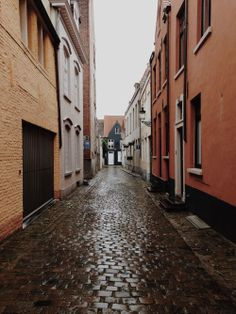 """""""Secret Bruges""""  .... away from the tourists"""