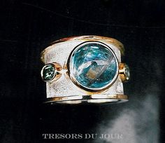 Unique Aquamarine Ring Custom Etruscan style ring with large Aquamarine Cabochon and oval blue-green Tourmaliines in 18kt white and yellow gold by TresorsDuJour