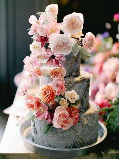 Floral Wedding Cake | Bohemian Flair Wedding Ideas From Elena Matiash Photography #weddingcakes