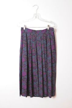 Alfred Sung Floral Pleated Skirt by RepublicOvStyle on Etsy Alfred Sung, Floral Pleated Skirt, Tie Dye Skirt, Florals, Boho, Vintage Floral, Trending Outfits, Skirts, Indie