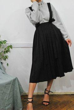 Pleated skirt suspender skirt bretel rok pinafore midi skirt black skirt h Black Midi Skirt, Pleated Midi Skirt, High Waisted Skirt, Black Skirts, Waist Skirt, Black Skirt Casual, Midi Skirts, Winter Midi Skirt, Denim Skirt