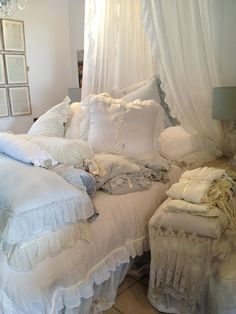 I am in LOVE with Bella Notte.  This is the bedding of my dreams.