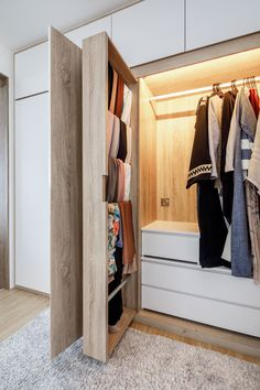 9 Useful Tips to Organise Your Wardrobe