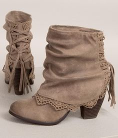 Naughty Monkey Fireball Boot - Women& Shoes in Taupe Cute Boots, Lace Up Boots, Women's Shoes, Me Too Shoes, Lace Shoes, Golf Shoes, Dress Shoes, Dress Outfits, Sports Shoes
