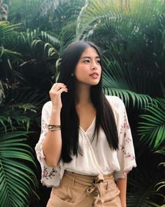 Gabbi Garcia Debut, Gabi Garcia, Gabbi Garcia Instagram, Filipina Girls, Filipina Beauty, Photography Poses Women, Poses For Pictures, Blackpink Fashion, Aesthetic Girl